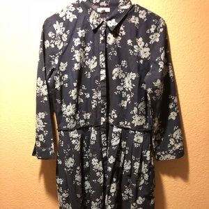 Gap button up chambray dress with flowers